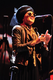 Melody Gardot Singing